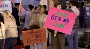 Arrested Development 02x18 : Righteous Brothers- Seriesaddict